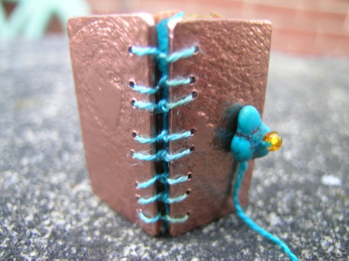 Silk and gilding metal book locket 6