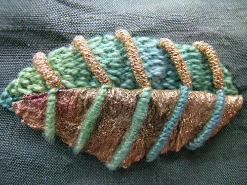 Beaded leaf 8