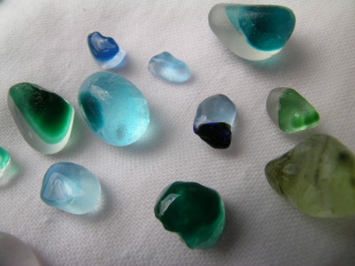 Seaham coloured sea glass 4