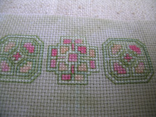 Cross stitch knot garden