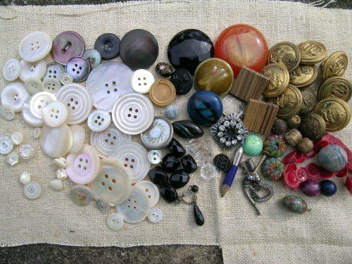 Button box treasure 1