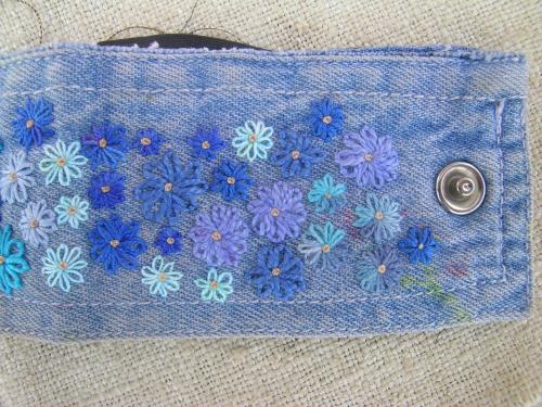 Blue daisies finished 3