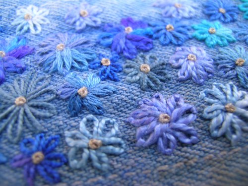 Blue daisies finished 4