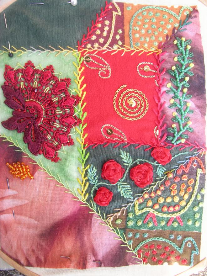 Red green crazy patchwork 4